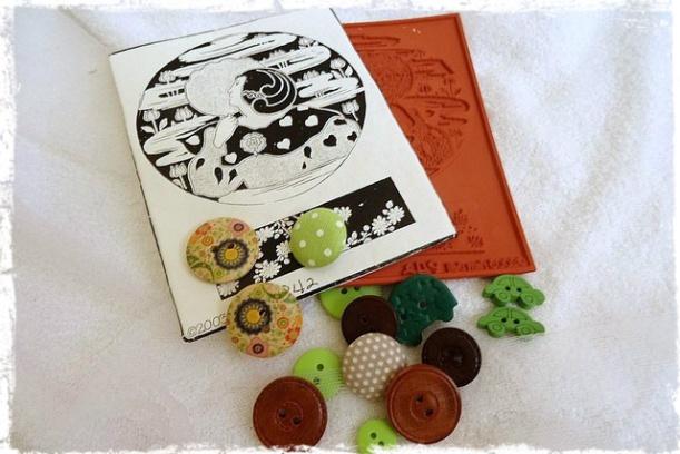 Happymailavril vertmarron chocolatdeMme Pinat (7)